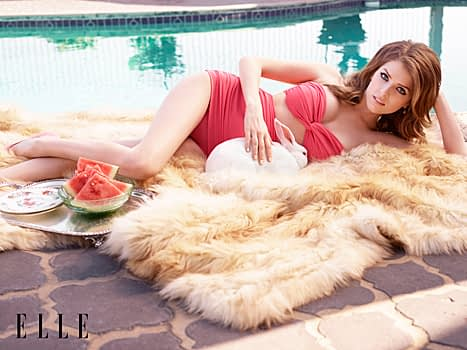 Anna Kendrick Poses In Bikini, Claims No One Hits On Her