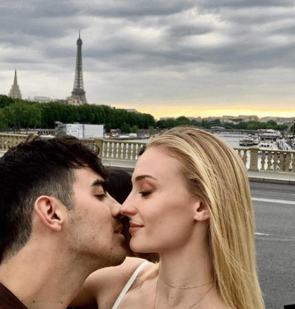 Sophie-Turner-joe-jonas-paris-wedding